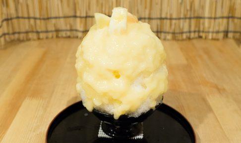白桃(果実入り) かき氷 椛屋
